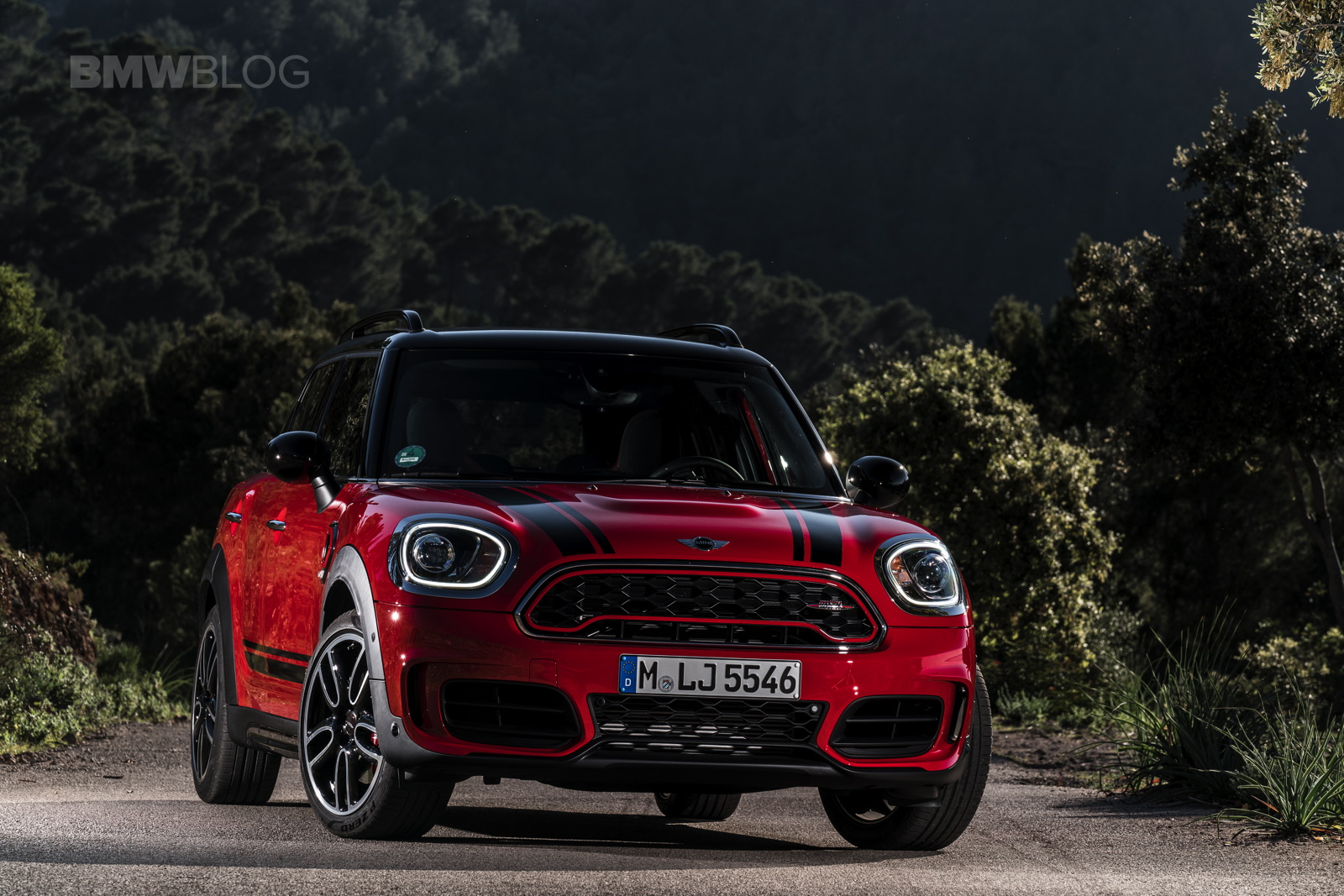Video 2017 Mini Countryman Jcw Review Finds Its Not A Mini