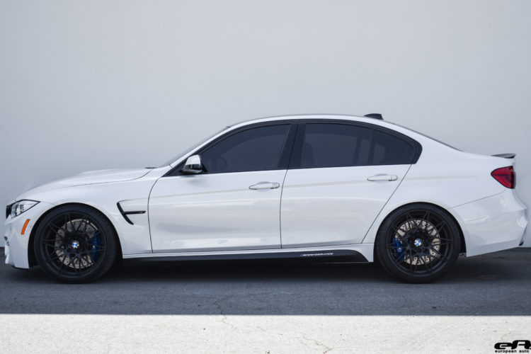 Mineral White BMW M3 ZCP Image 2 750x500