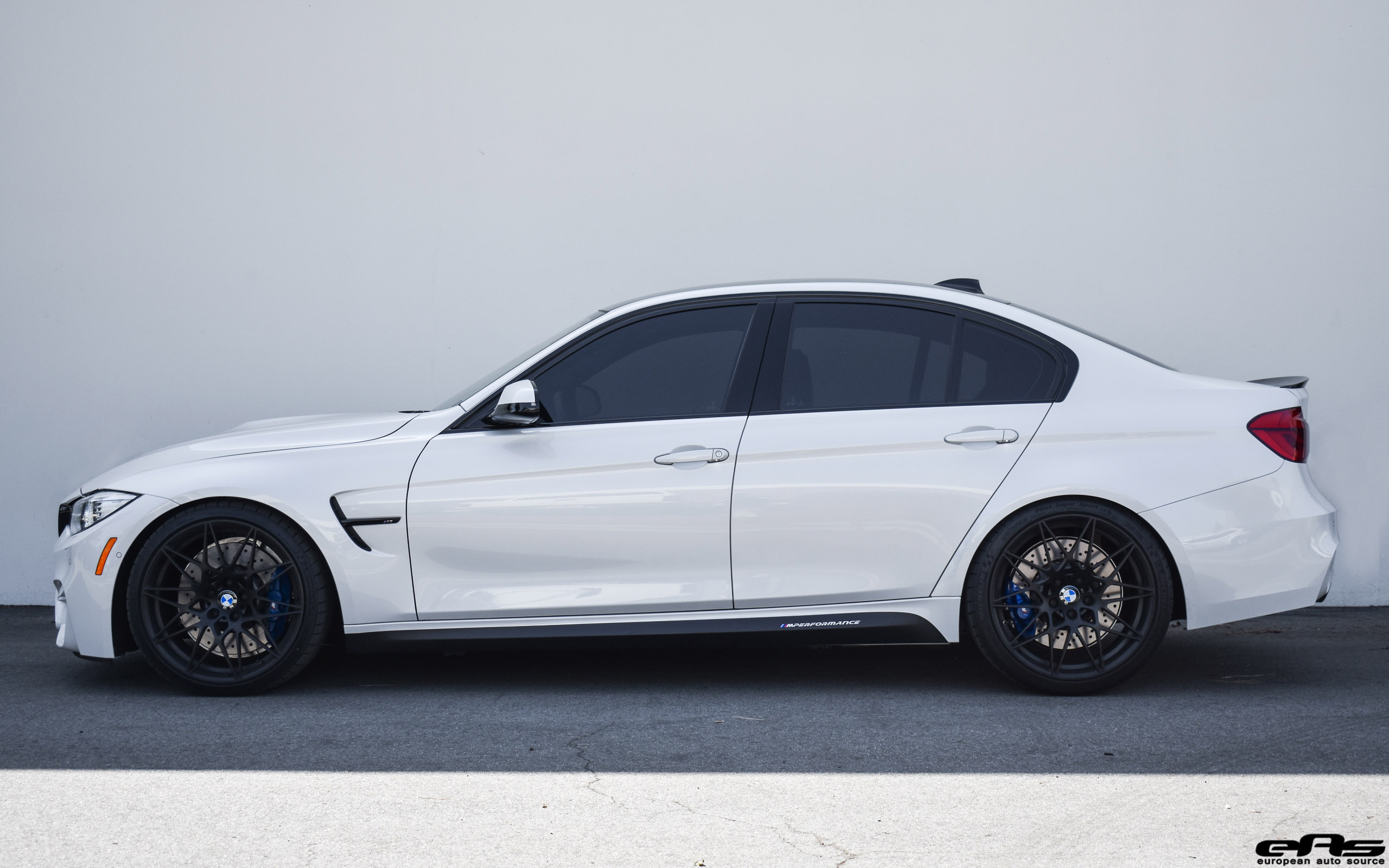 Mineral White BMW M3 ZCP Image 2