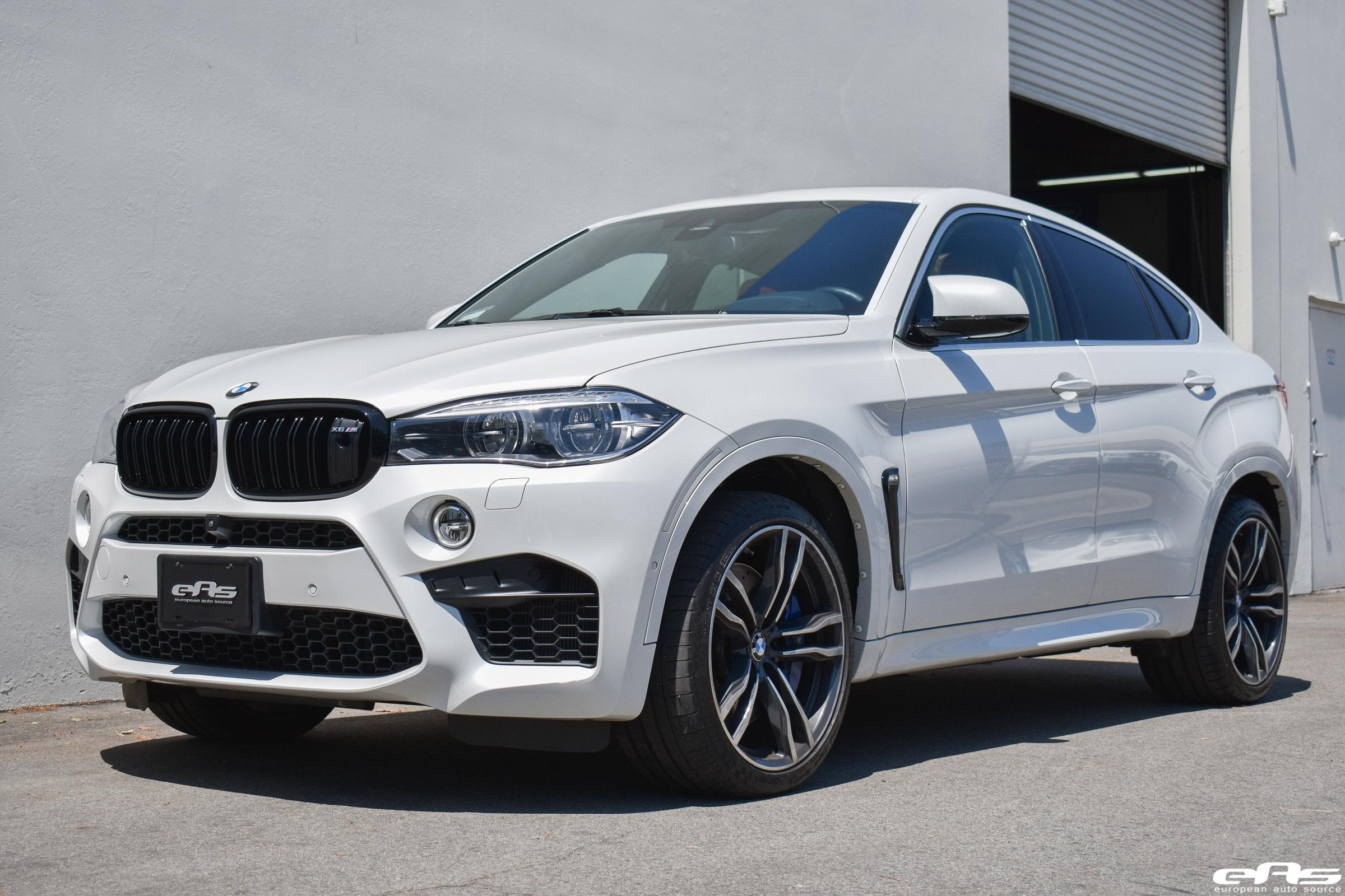 Mineral White BMW F86 X6 M