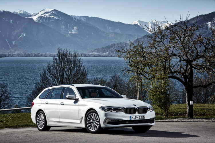 2017 BMW 520d Touring 58 750x500