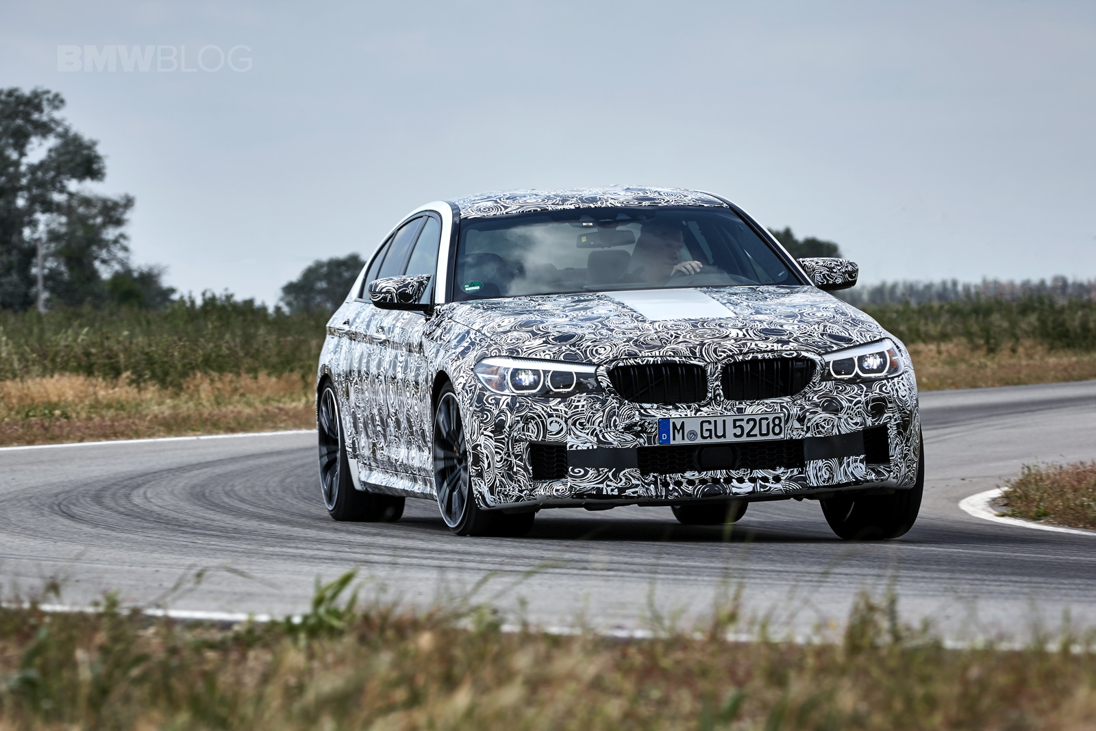 2018 BMW M5 pre production drive 44