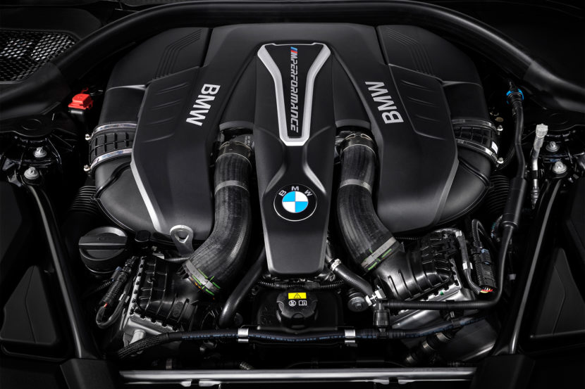 2018 BMW M550i xDrive engine 01 830x553