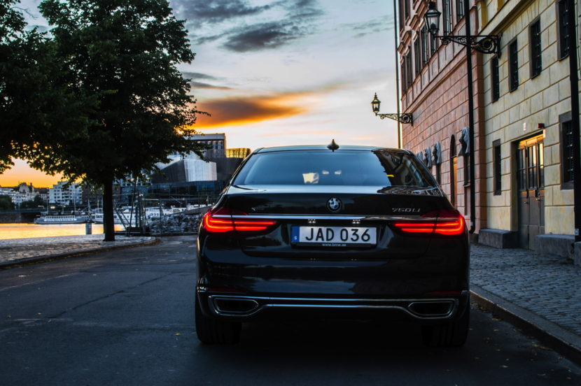 24 hrs BMW 7 Series 08 830x552