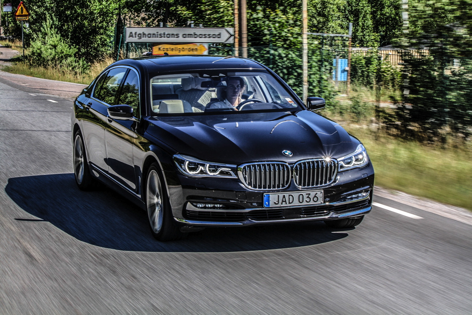 A Day Of Luxury 24 Hours In The Bmw 750li