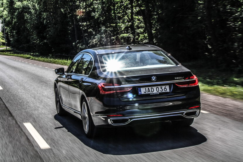 24 hrs BMW 7 Series 14 830x554