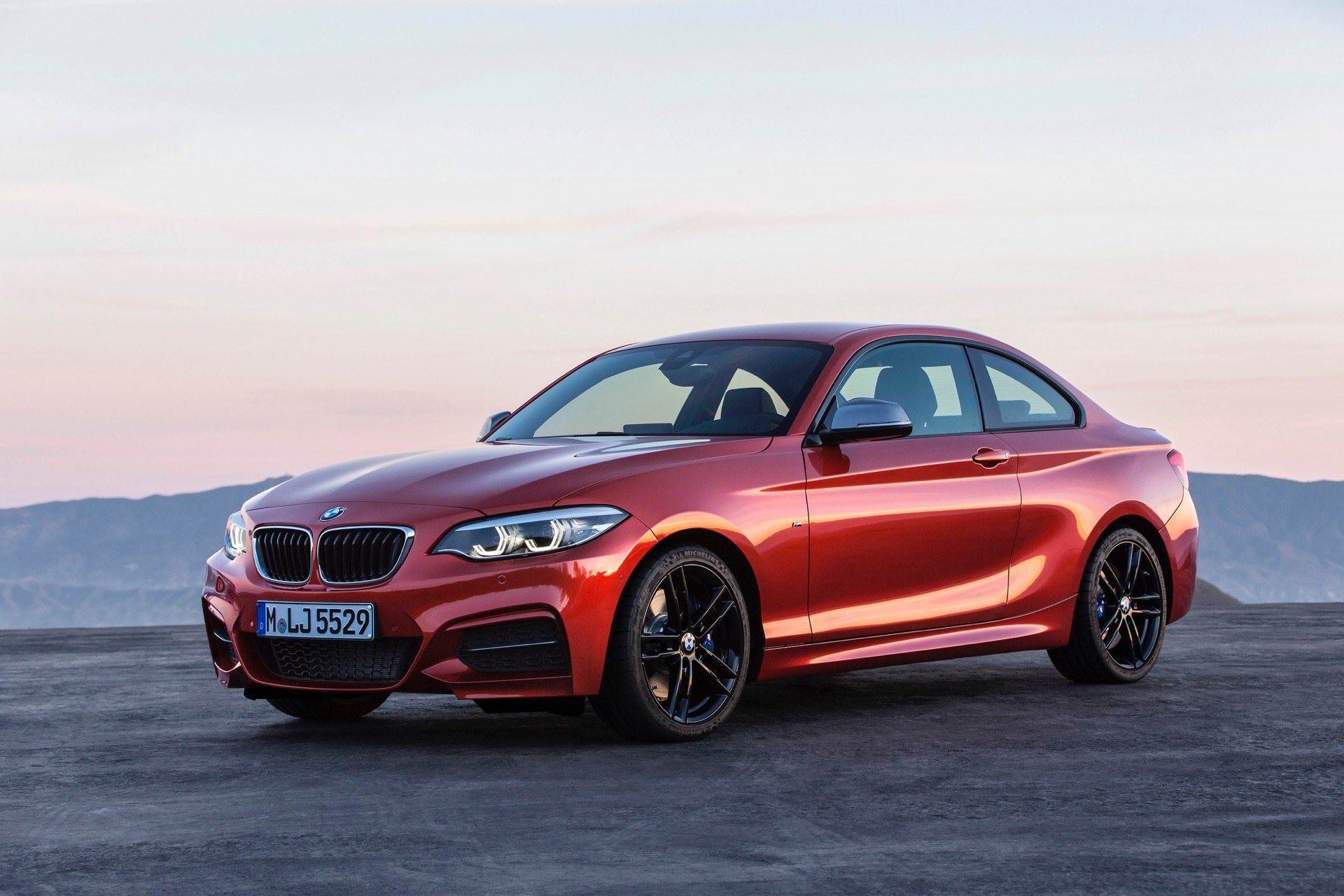 world premiere bmw 2 series coupe and convertible facelift. Black Bedroom Furniture Sets. Home Design Ideas