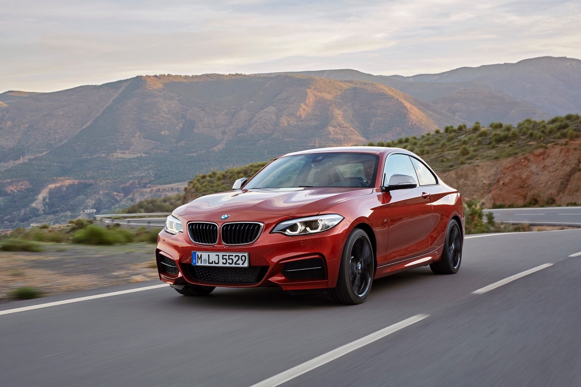 World premiere bmw 2 series coupe and convertible facelift - Bmw 2 series coupe pictures ...