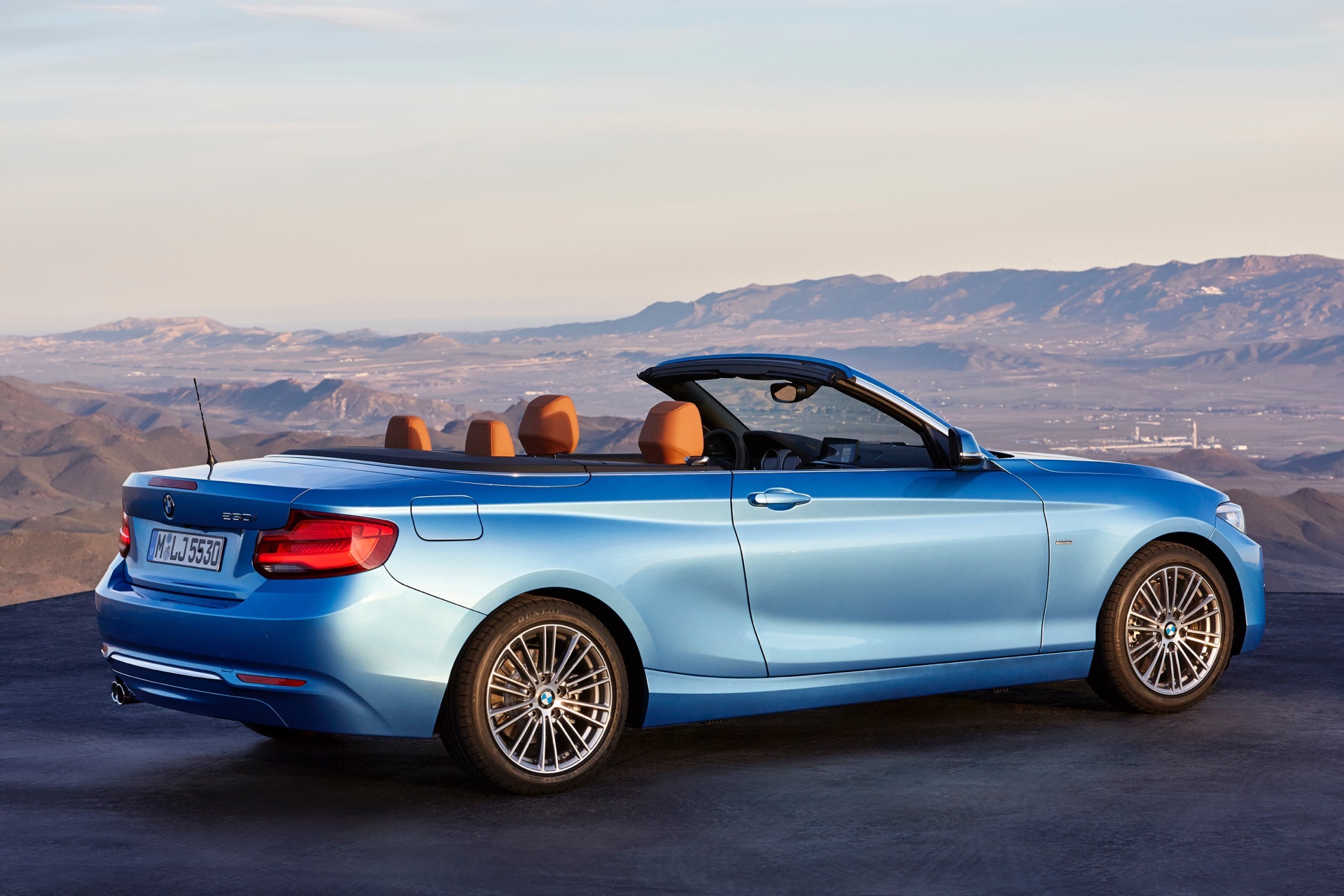 Apple Carplay Wireless >> WORLD PREMIERE: BMW 2 Series Coupe and Convertible Facelift