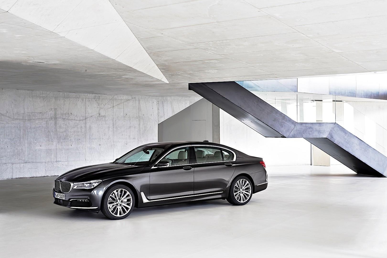BMW 7 Series 5454 11