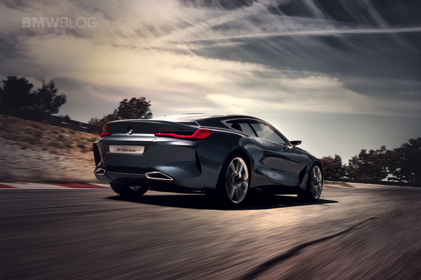 Reborn: First videos of the new BMW 8 Series Concept