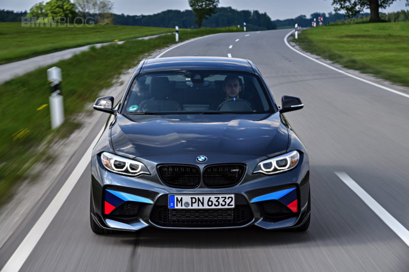 BMW M2 M Performance 33 830x553