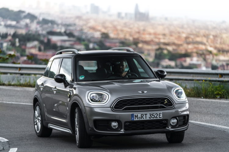 MINI Cooper S E Countryman ALL4 29 750x500