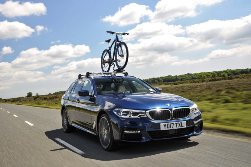 2017 BMW 5 Series Touring England 105 830x554