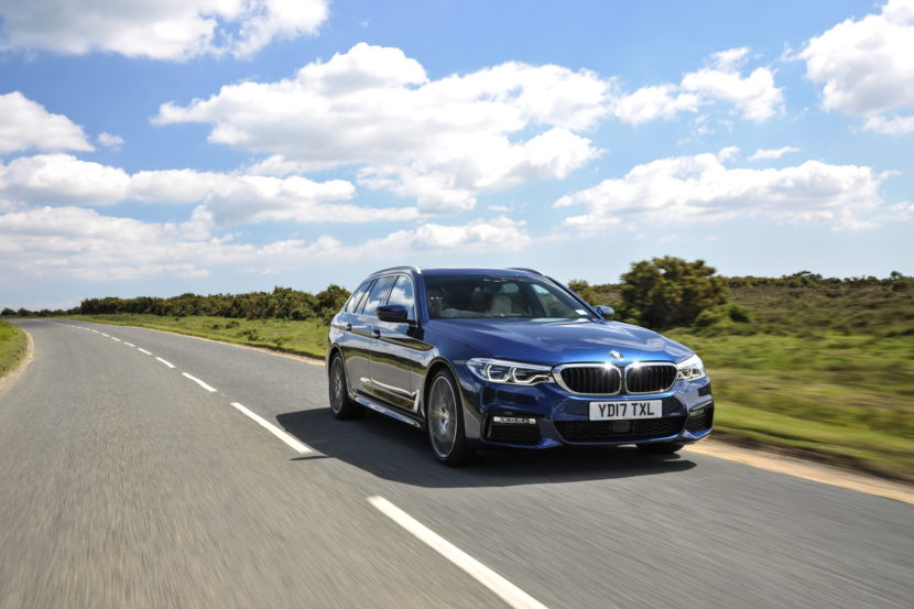 2017 BMW 5 Series Touring England 109 830x553