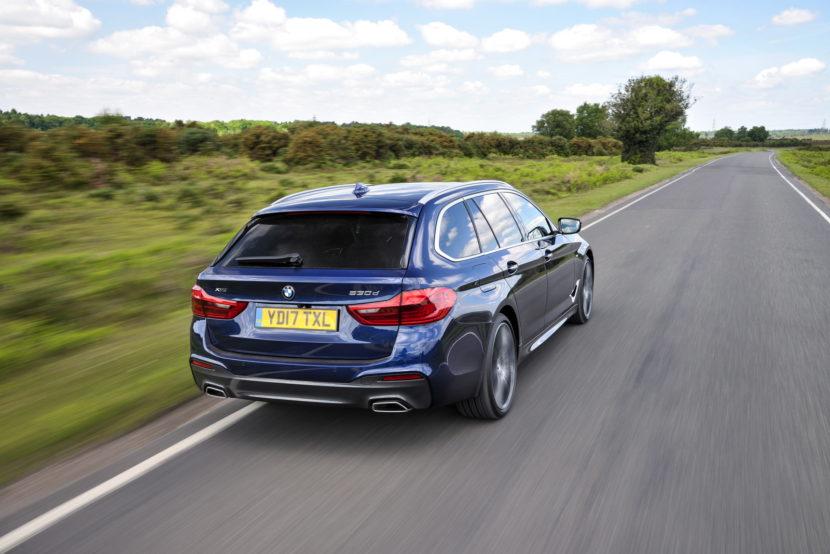 2017 BMW 5 Series Touring England 112 830x554