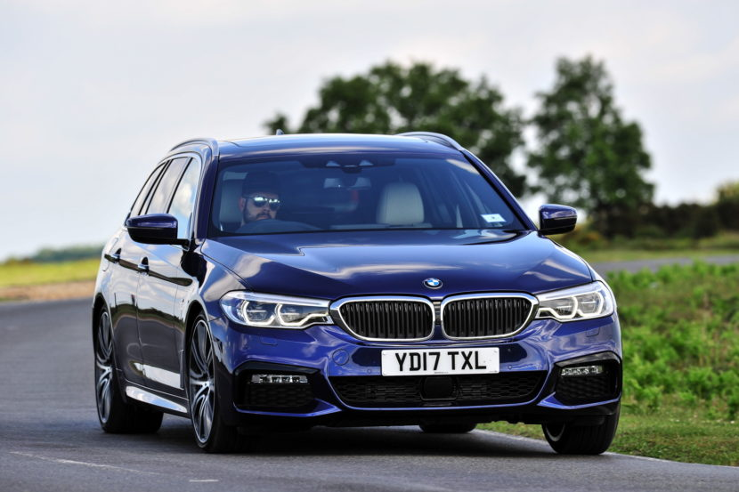 2017 BMW 5 Series Touring England 90 830x553