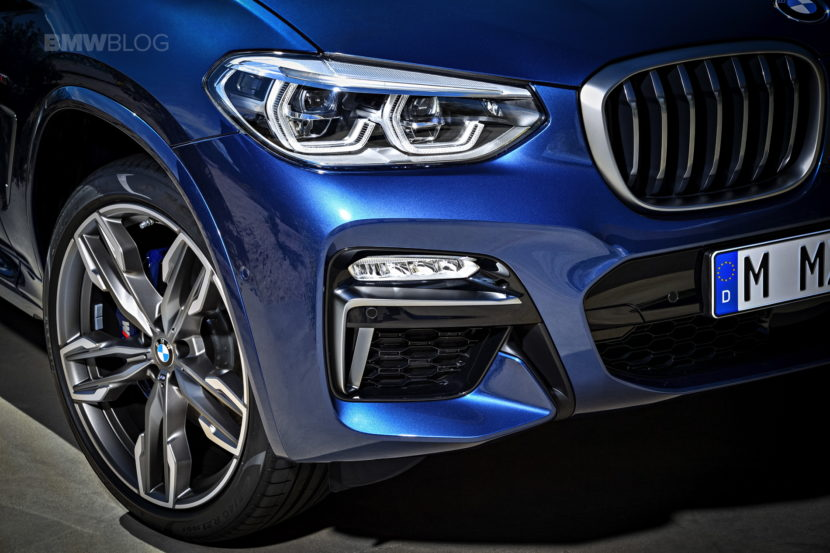 At The Front It S Nice To See Bmw Ditch Connected Headlights Kidney Grilles That Look Was Interesting When First Debuted On F30 3 Series