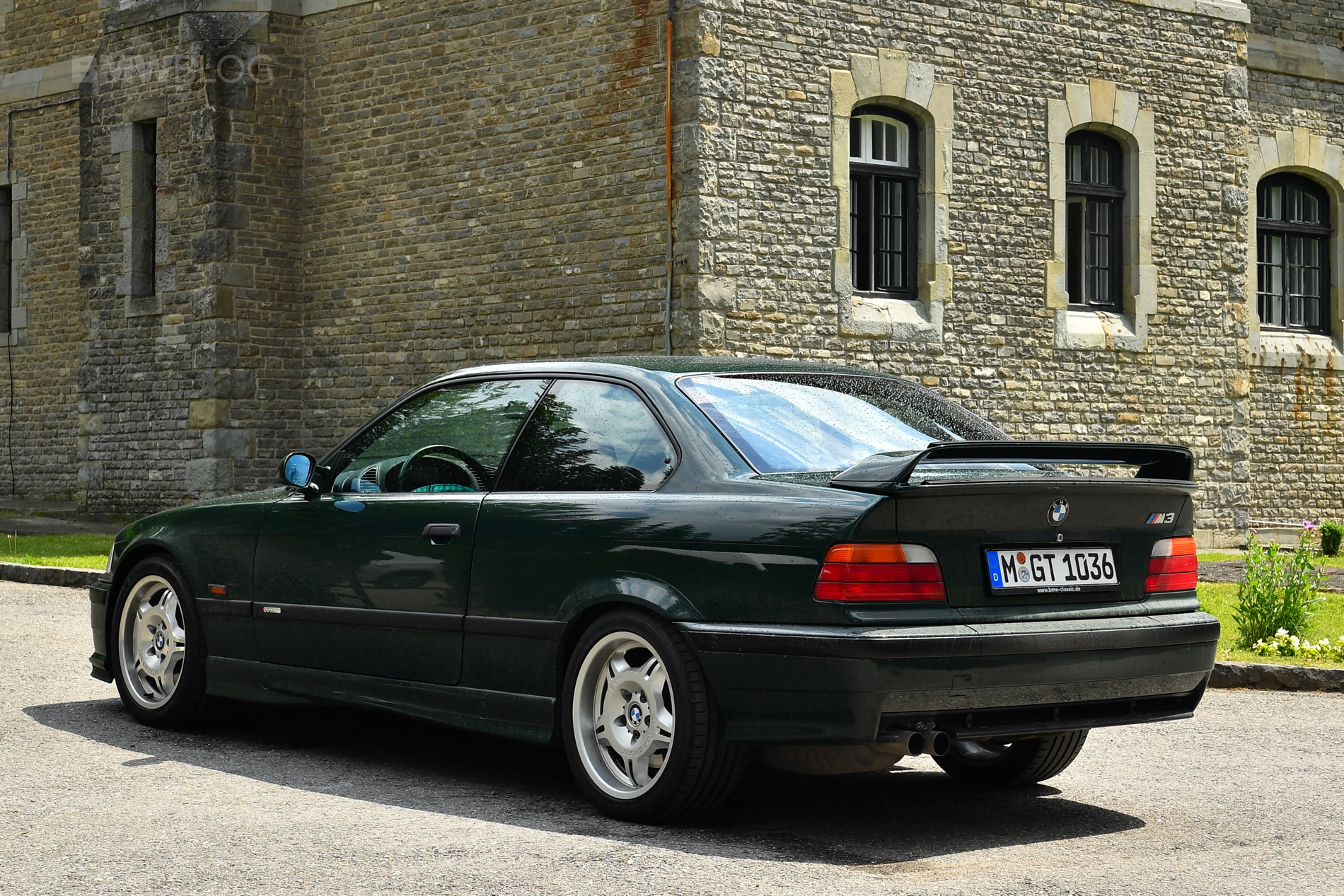 Tesla >> Photoshoot with the BMW E36 M3 GT