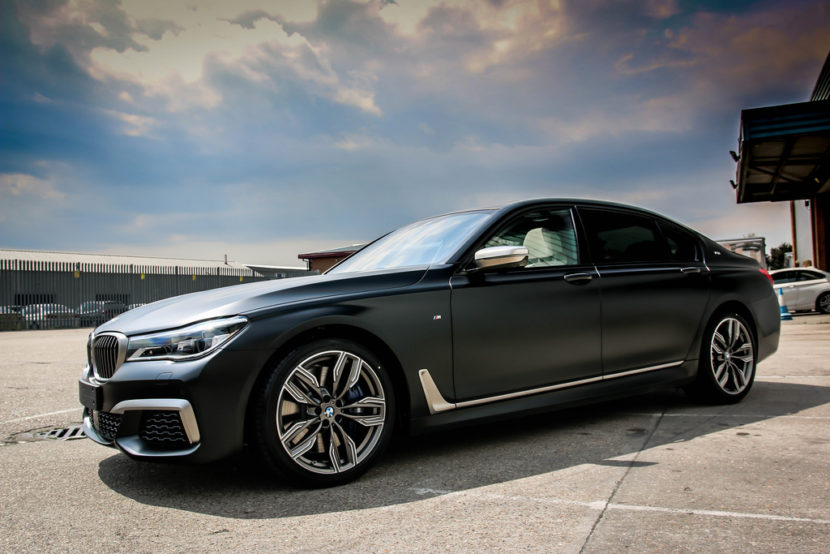 BMW M760Li Frozen Black 6 830x554