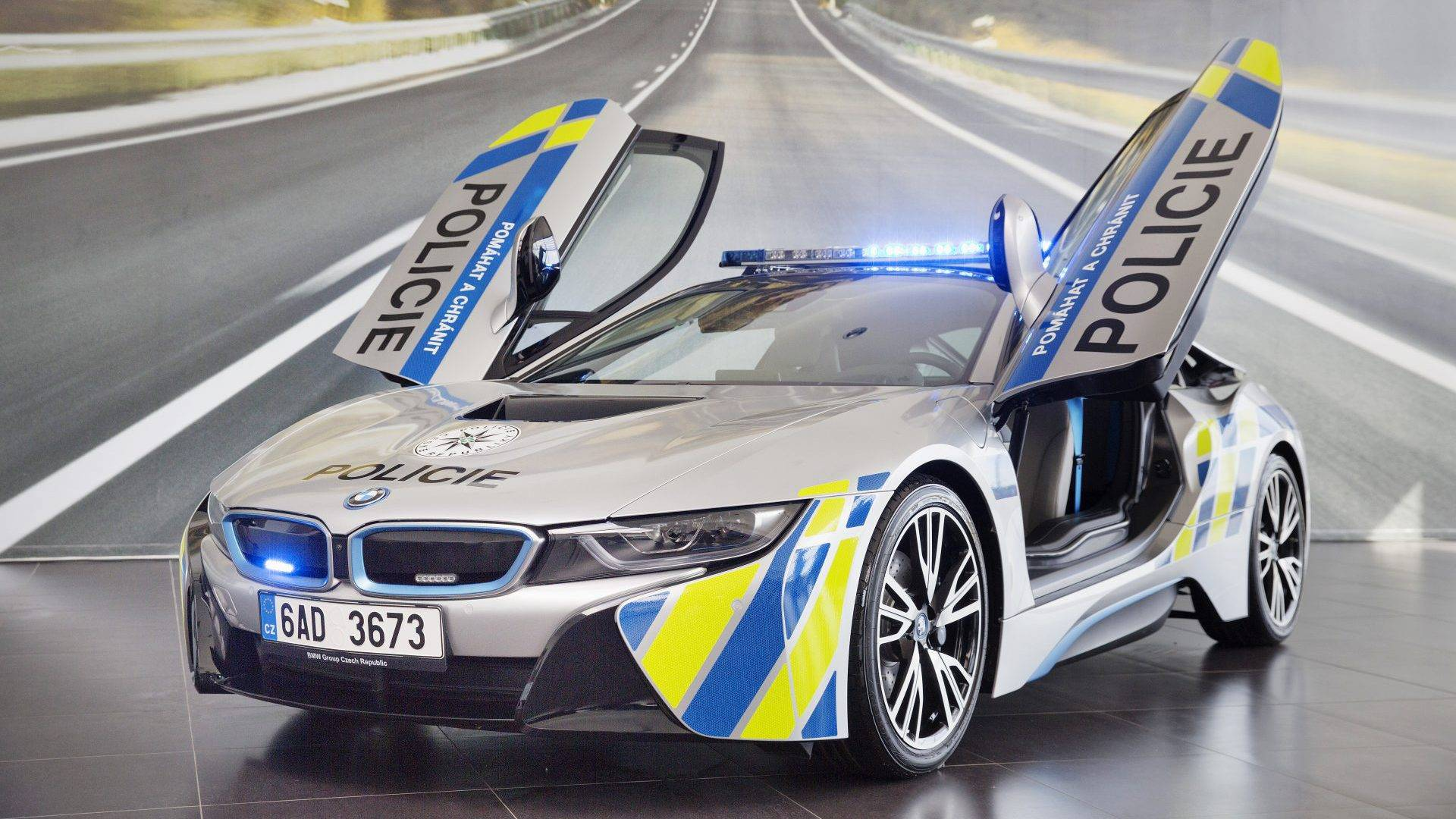 Czech Bmw I8 Police Car Crashes Due To A Medical Emergency