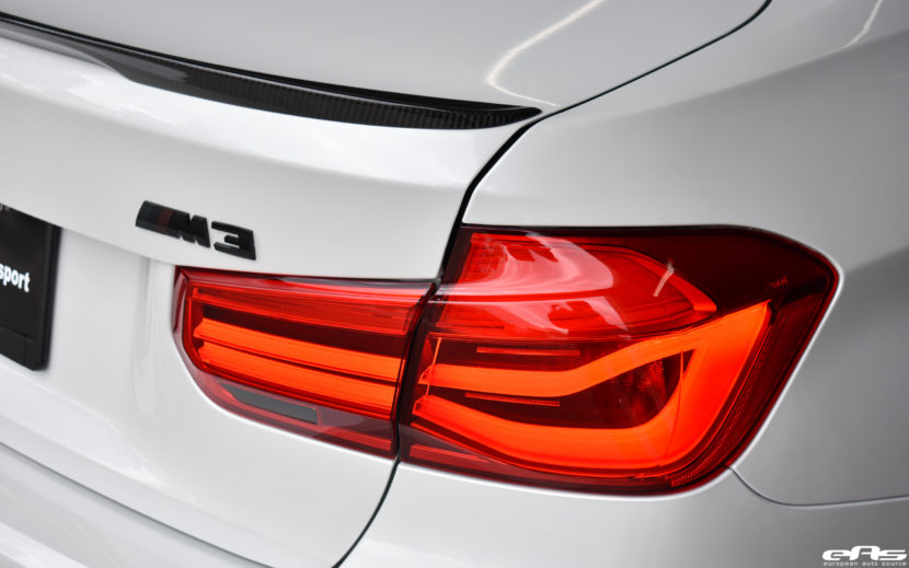 Mineral White BMW M3 ZCP Image 3 830x519