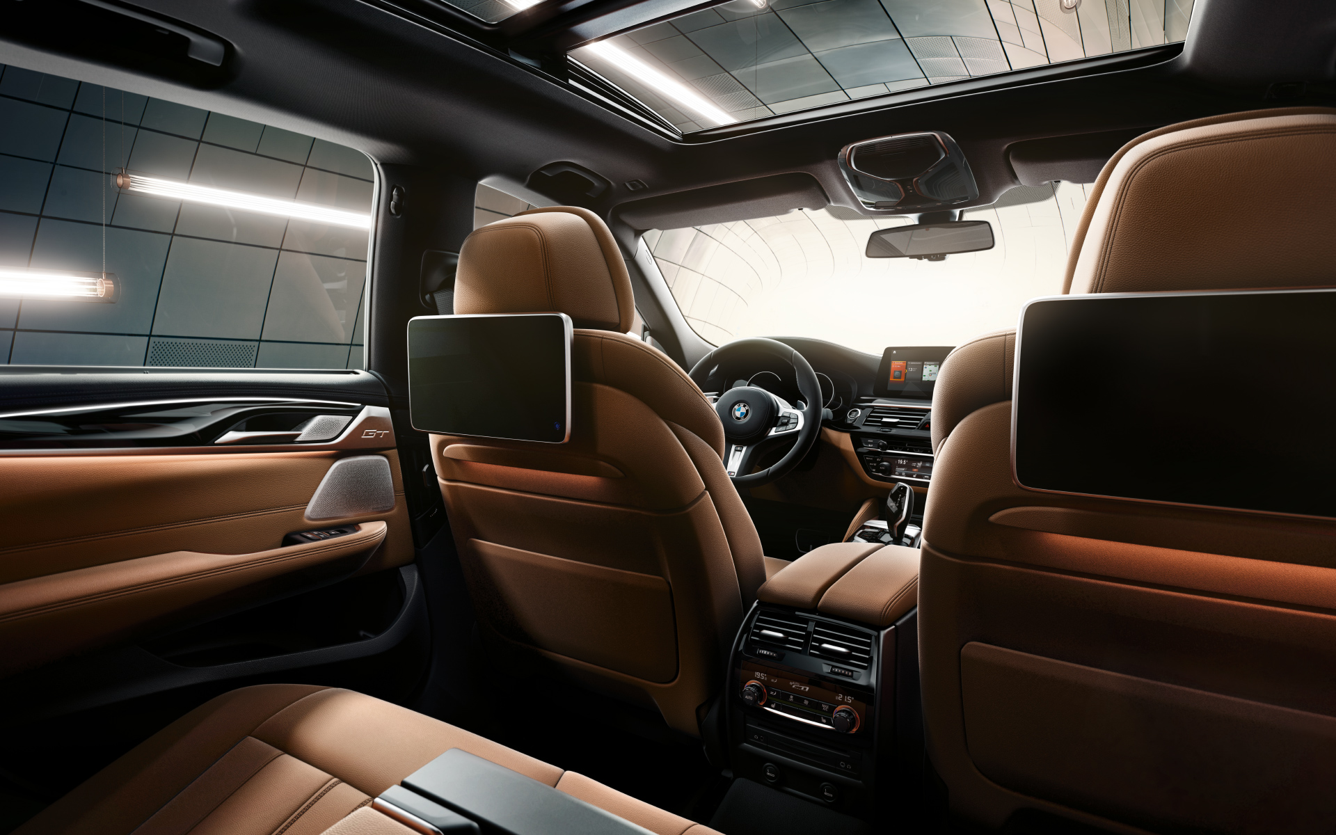 As For Rear Passengers The 6 Series Gran Turismo Is Said To Have Three Full Sized Seats With Ample Headroom And Legroom Multi Contour Active Seat