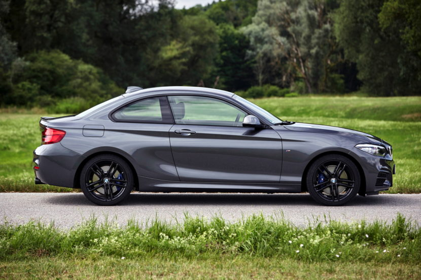 2017 BMW M240i photo gallery 40 830x553