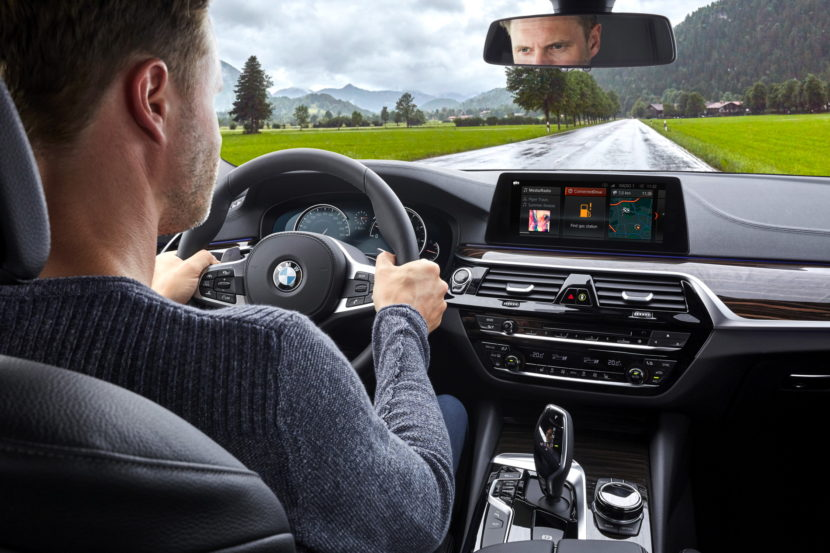 BMW Connected plus 08 830x553