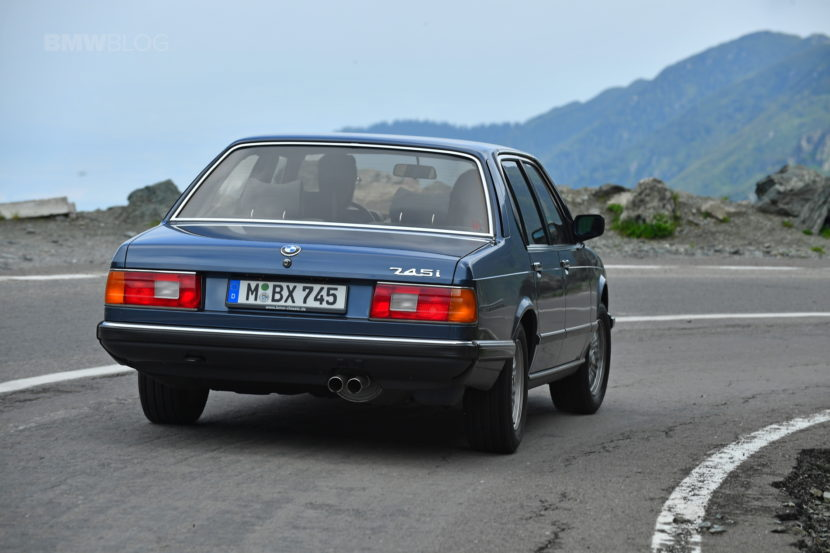 BMW E32 7 Series Romania 49 830x553