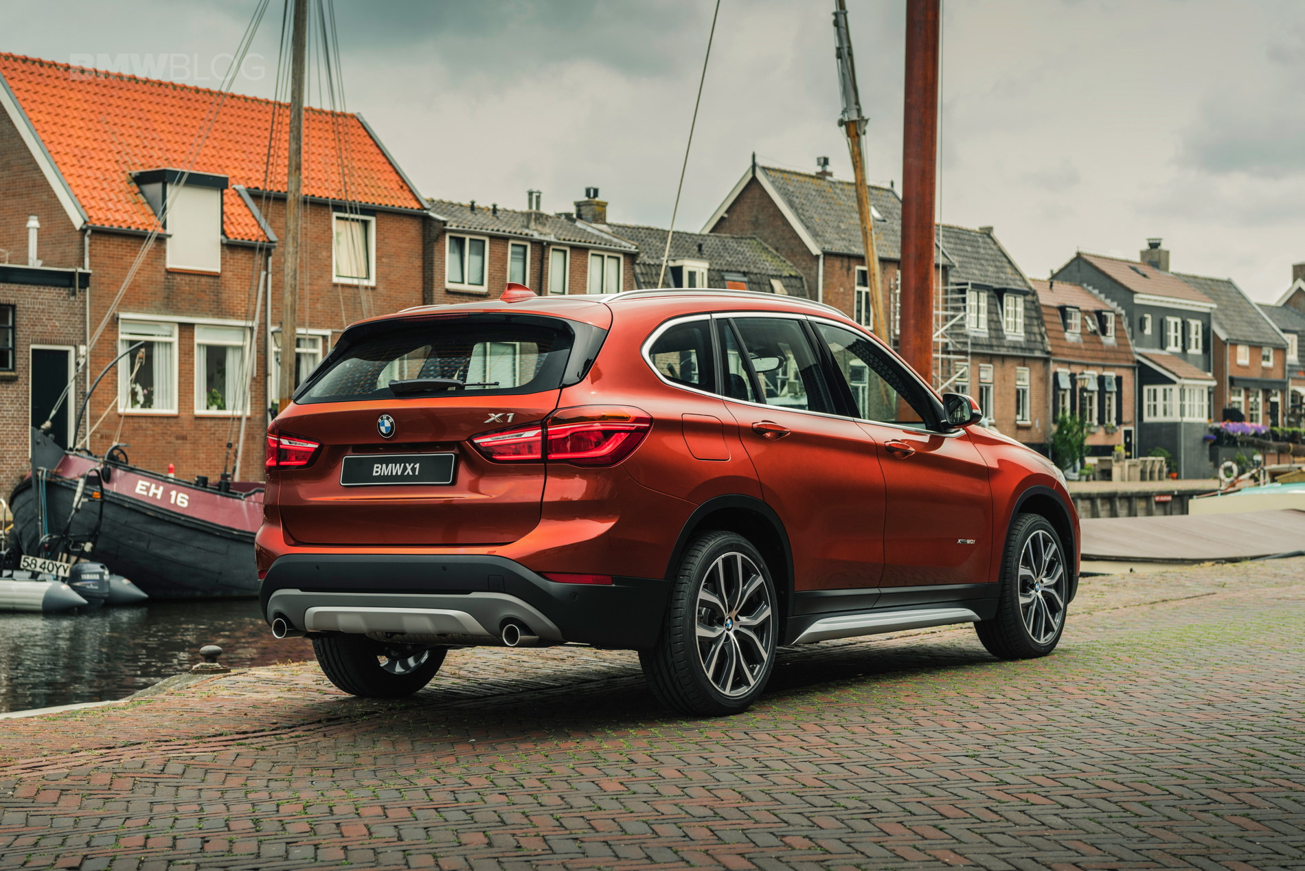 2017 BMW X1 Orange Edition: Special model in the Netherlands