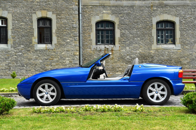 Top Gear S Retro Review Of The Bmw Z1