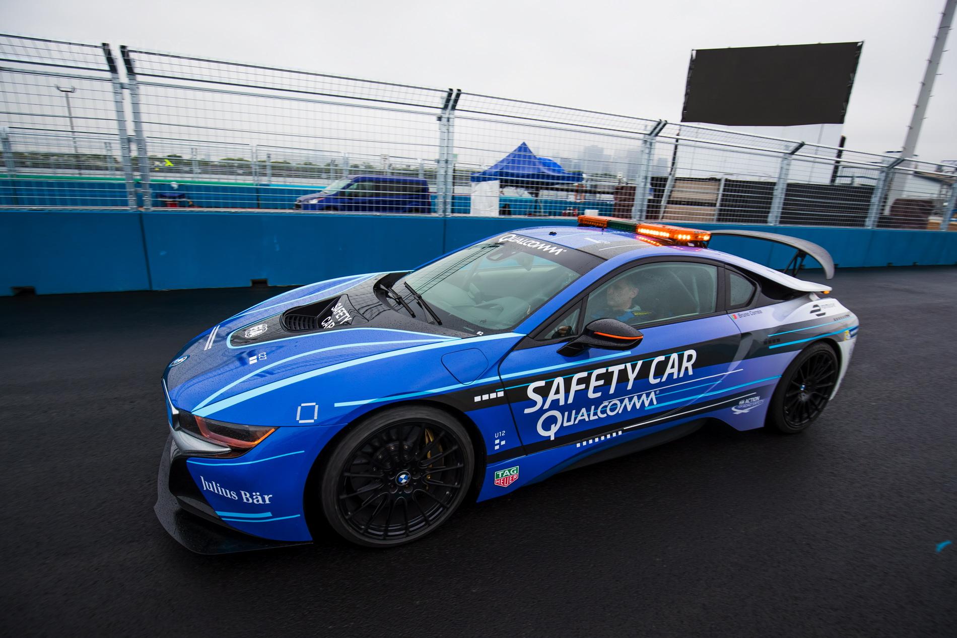 BMW i8 Safety Car 2017 02