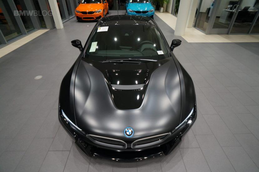 Frozen Black BMW i8 27 830x552