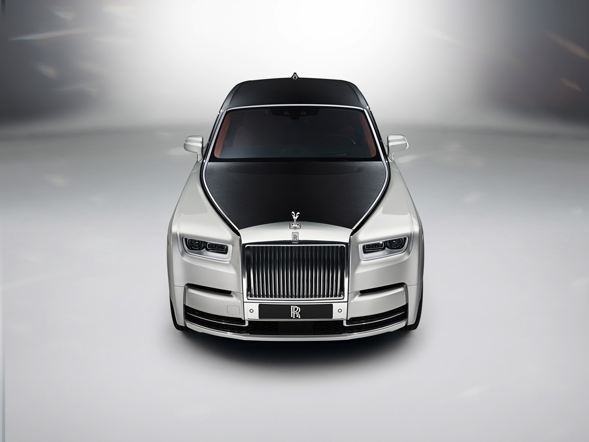 New Rolls Royce Phantom 18