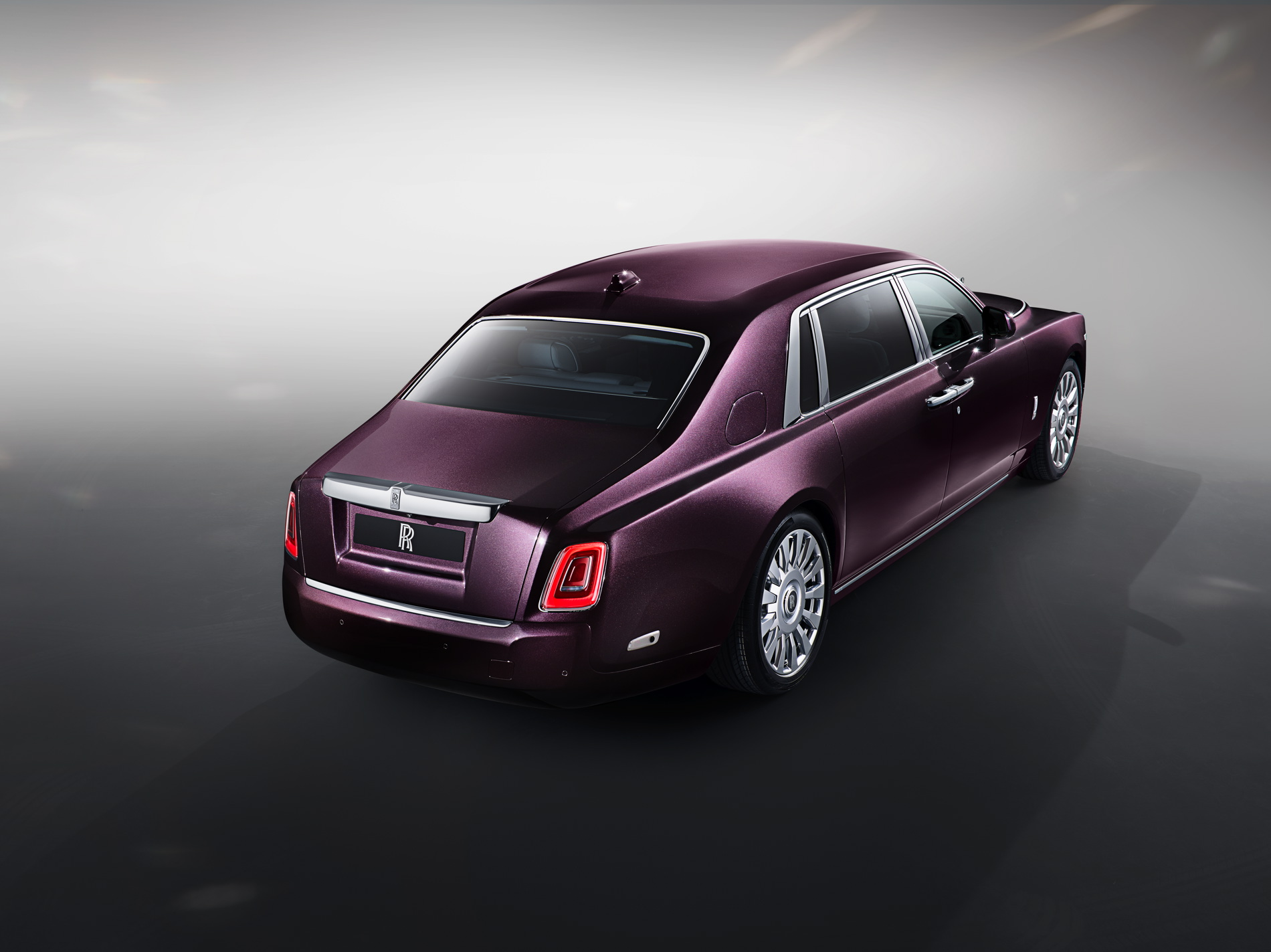 New Rolls Royce Phantom Extended Wheelbase Photo Gallery