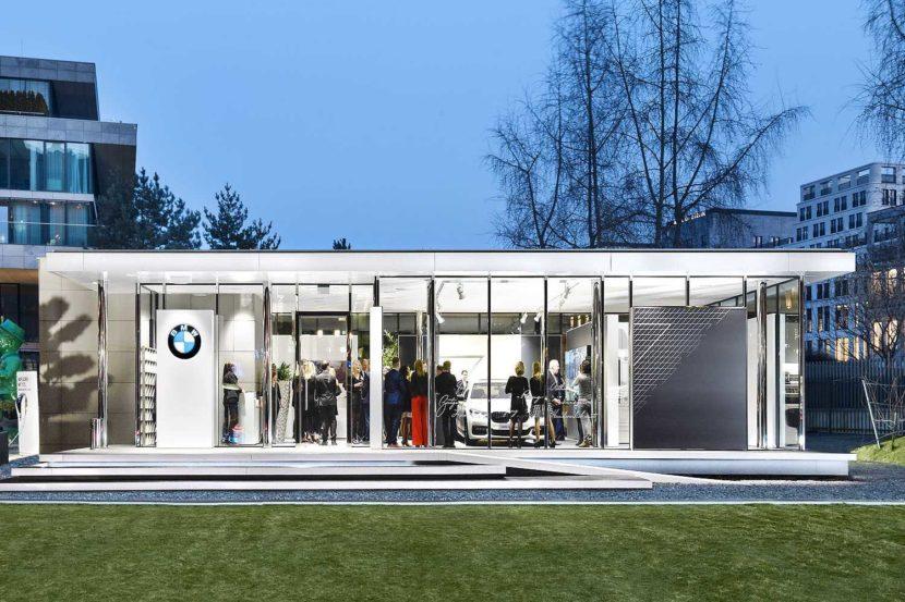 P90249159 bmw luxury excellence pavillon feiert premiere waehrend der berlinale 2017 pop up showroom fuer inno 1500px 830x553