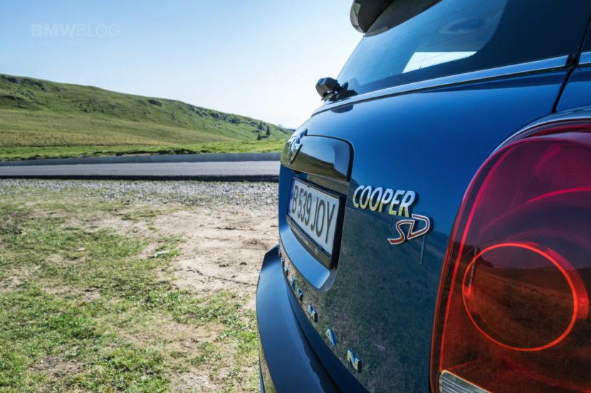 2017 MINI Cooper SD Countryman ALL4 autohome 47 830x553