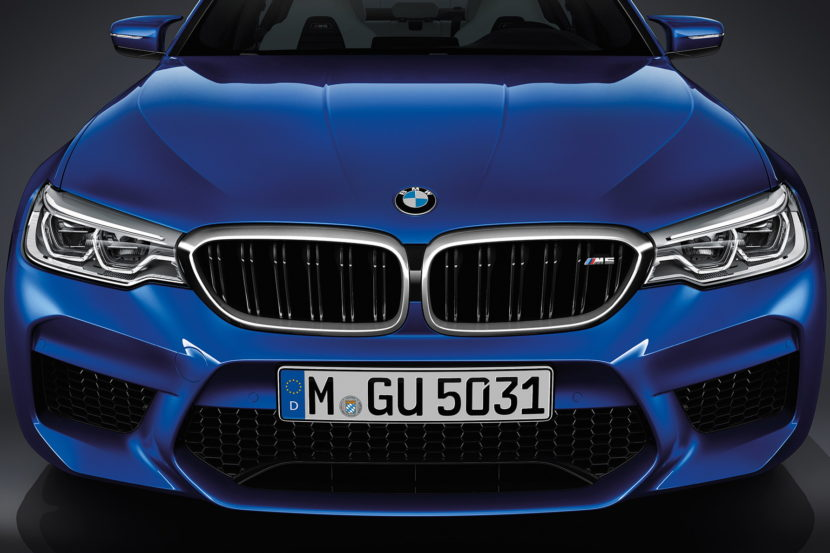 2018 BMW M5 wallpapers 14 830x553