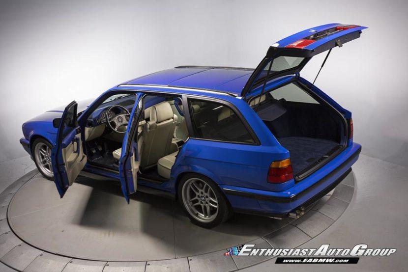 E34 BMW M5 Touring Santorini Blue 3 830x554