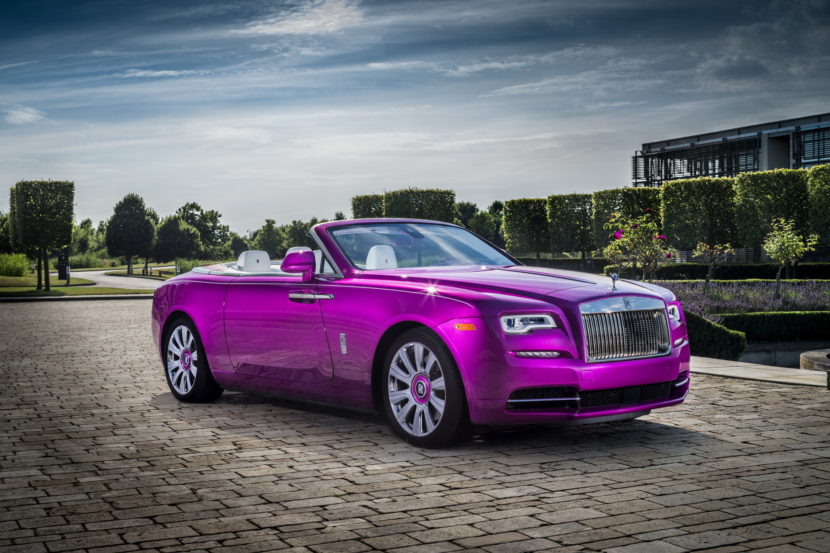 Rolls Royce Dawn in Fuxia 01 830x553