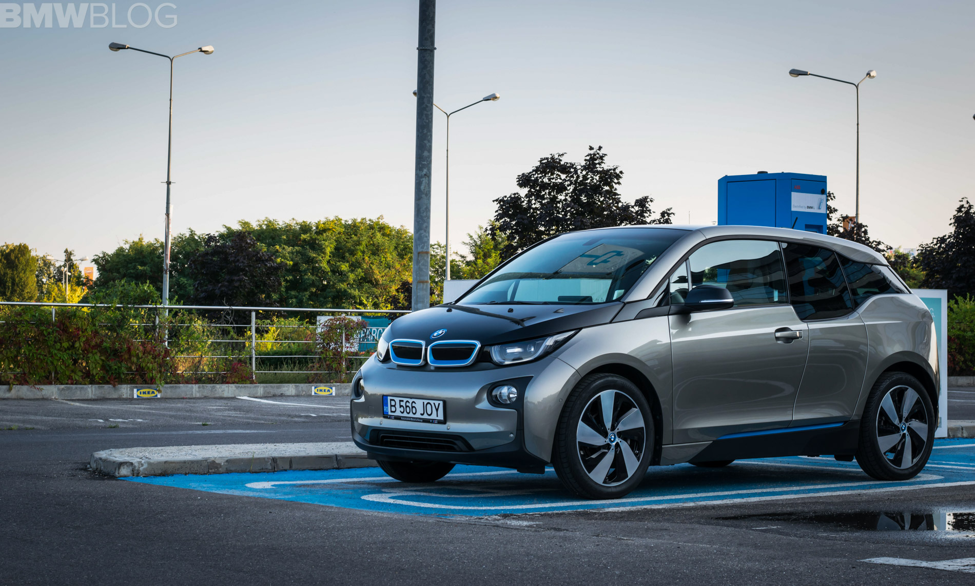 2018 BMW i3 review 25