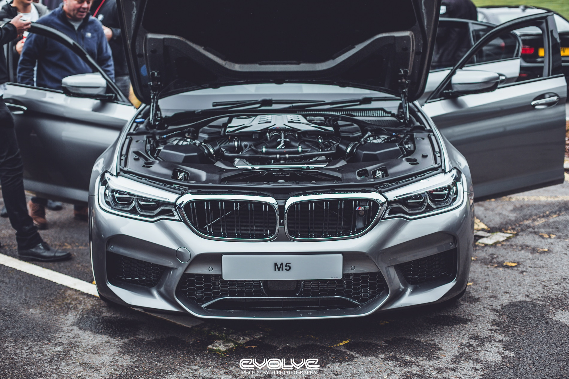 F90 Bmw M5 In Donington Grey Metallic Looks Stunning