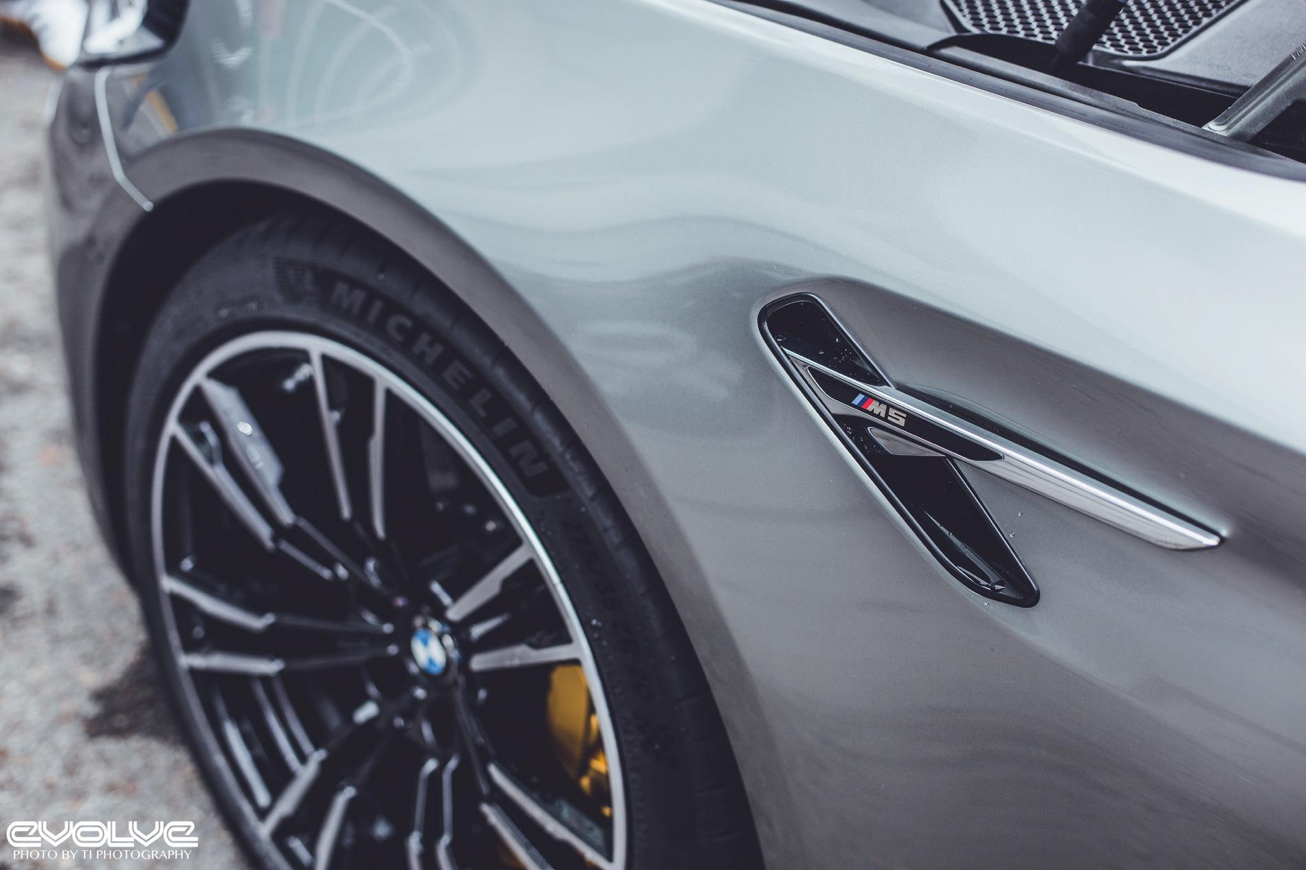 F90 Bmw M5 In Donington Grey Metallic Looks Stunning