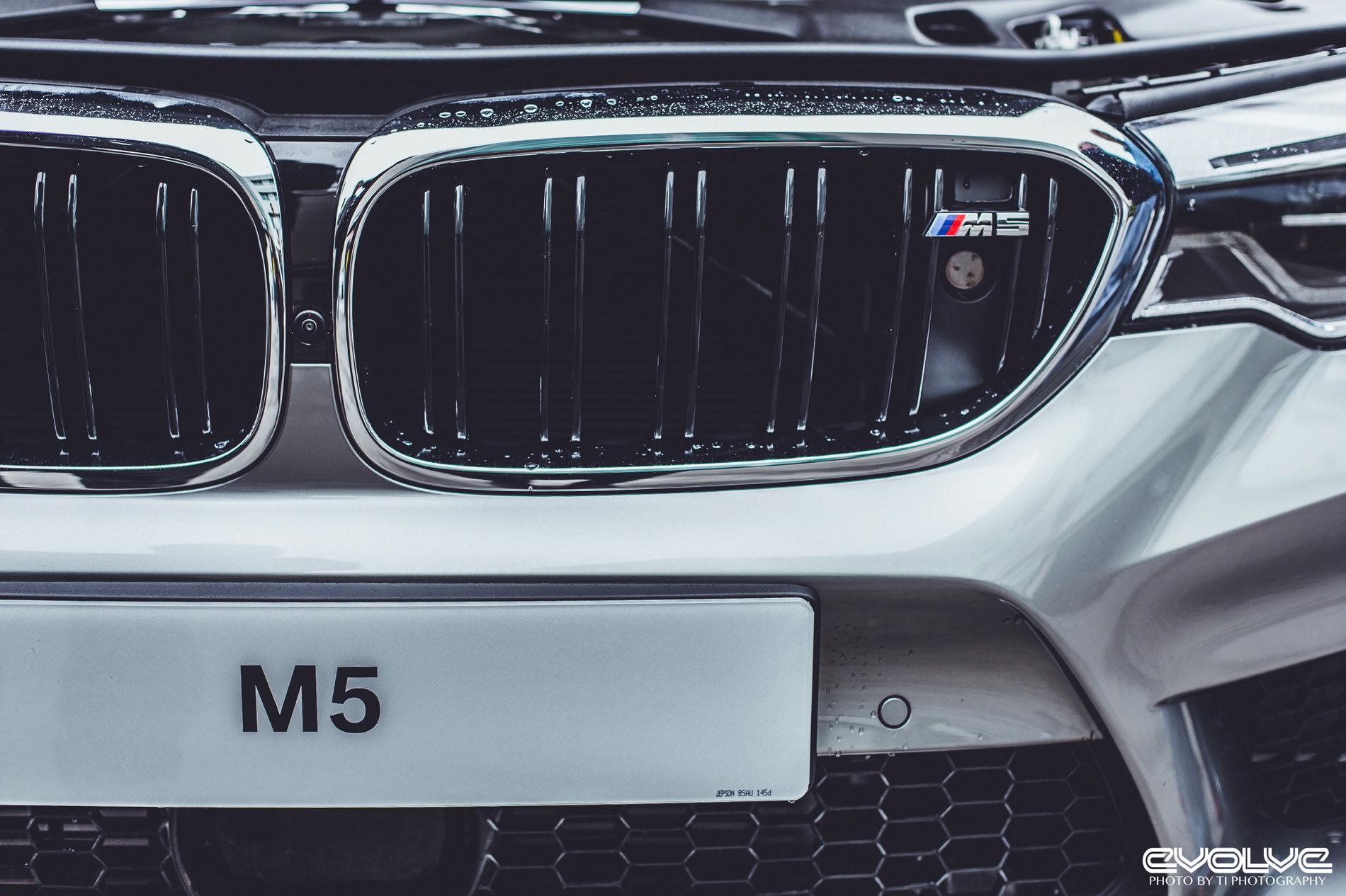 BMW M5 Donington Grey 10