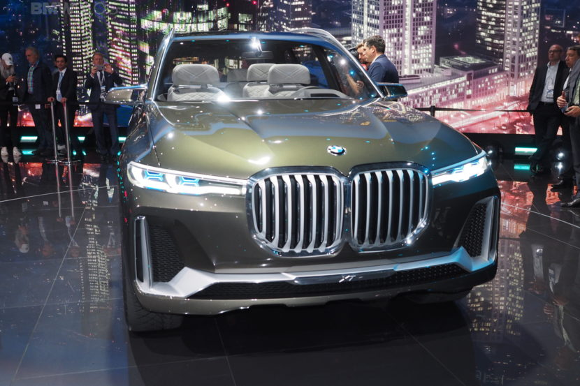 BMW X7 Concept Frankfurt 06 830x553