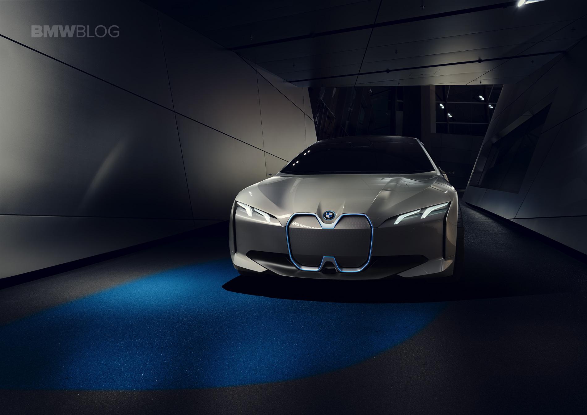 BMW i Vision Dynamics 01