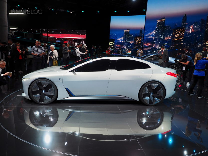 BMW i Vision Dynamics photos 23 830x623