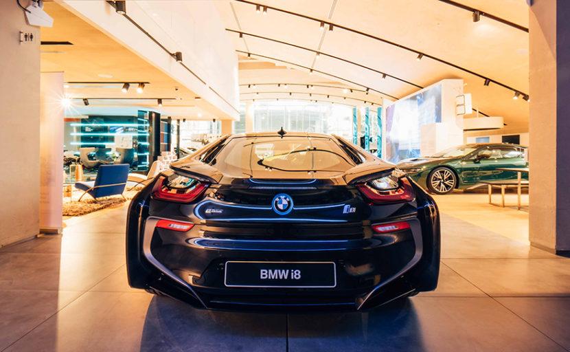 OK BMW i8 Carbonschwarz 17 1 830x512