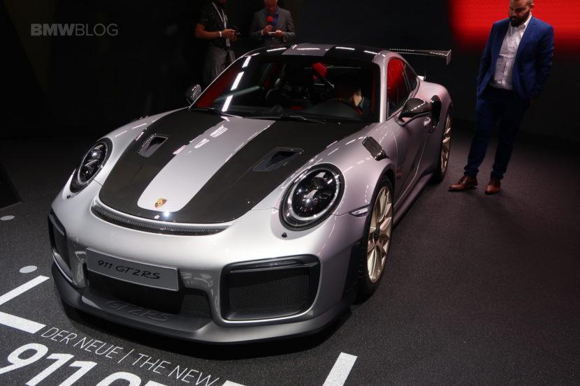 Porsche 911 GT2 RS 01 830x553